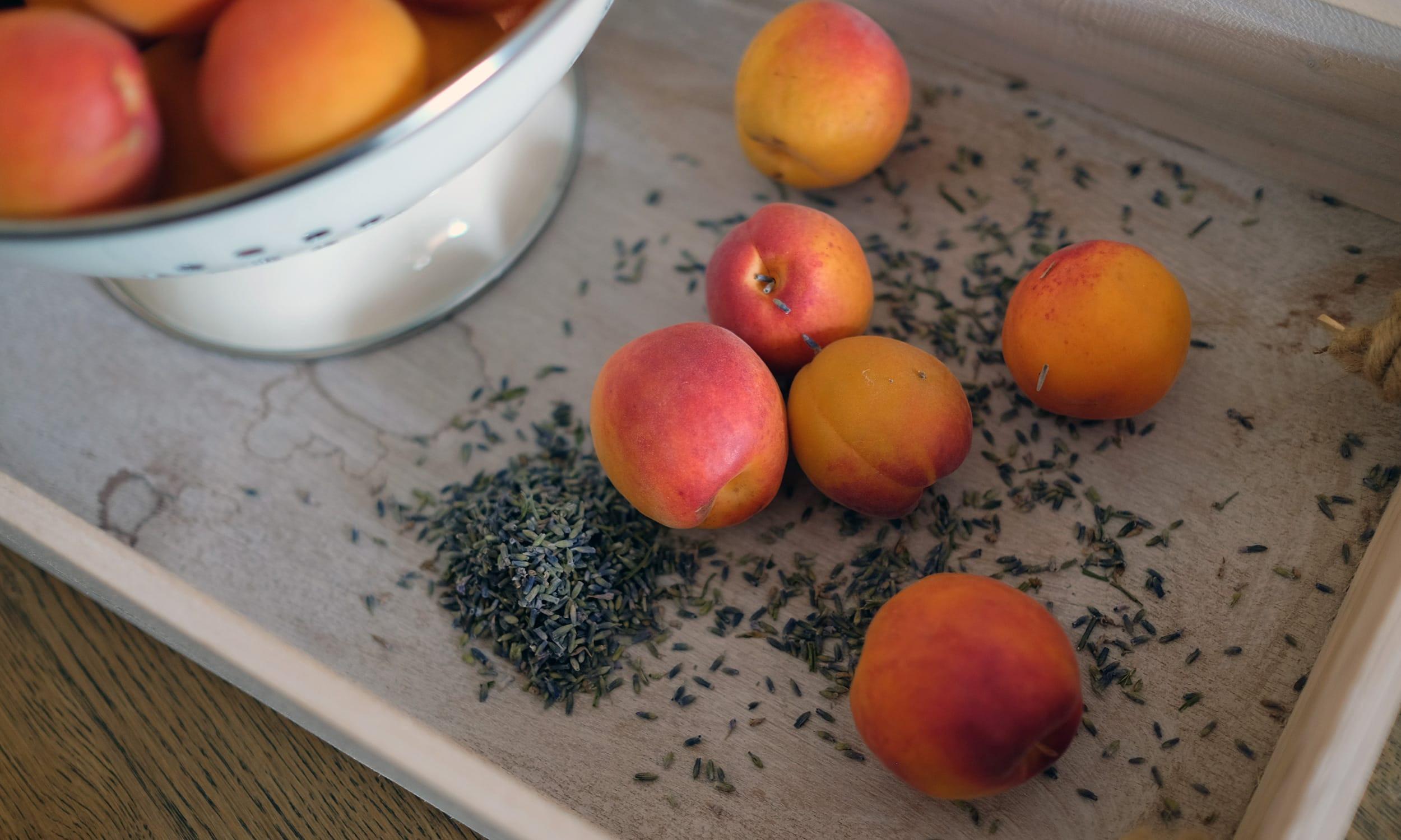2500-aprikose-lavendel